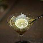 銀座 いっぱし - ジュンサイの土佐酢ジュレ