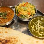 Eberesutodaininguba - ほうれん草とインドのチーズカレー、マトンカレー