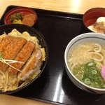 麺勝 - 料理写真:かつ丼小うどんセット