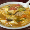 珍萬 - 料理写真:             酢辛タンメン¥750 久しぶりにクソ不味いラーメンをたべた