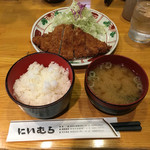 Niimura - ロースカツ定食930円