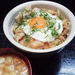 ままごとや - 豚生姜焼き丼(500円)