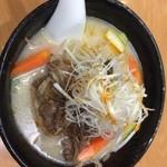 上海料理 富春 - 牛肉麺