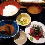 吟彩 - 吟彩 @八丁堀 セット 中落ち・さば味噌定食 890円