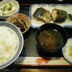 づぼらや - 料理写真:焼魚定食 600円