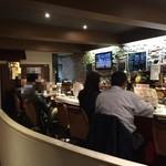 酒kure - なんかオサレな1階カウンター
