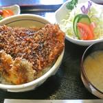 とんかつ雅 - とんかつ屋の豚丼 1180円 2015.10