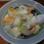 接筵 - 海鮮麺:810円