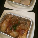 炭火焼肉 銘柄黒毛和牛 福楽苑 - 牡蠣とホタテ