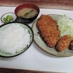 とんかつ美よし - ロース&カキフライ定食