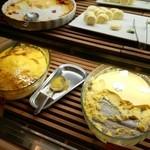 ロテル ド ビュッフェ - かほちゃの黒蜜プリン、塩バニラロールケーキ等