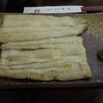 八木秀 - 白焼(特上のコースの一部)