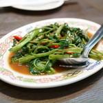 タイ国料理 ゲウチャイ - 2015.10 パッ パック ブン ファイデェーン(972円)
