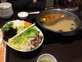 薬膳火鍋 yang yang - 火鍋セット、1,680円×2