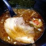江戸一 - 黒豚鶏つけ麺/つけ汁