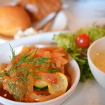 ムーミン ベーカリー&カフェ - 鶏肉の赤ワインビネガー煮