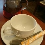 中華ビストロうちだ - 中華ビストロランチのドリンク  ライチ紅茶はポットで三杯分