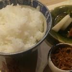 卓楽 - 魚沼産こしひかり釜焚き御飯、ちりめん山椒、自家製京漬物