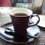 カフェ ブルーム - コーヒー カップは自分で選べます