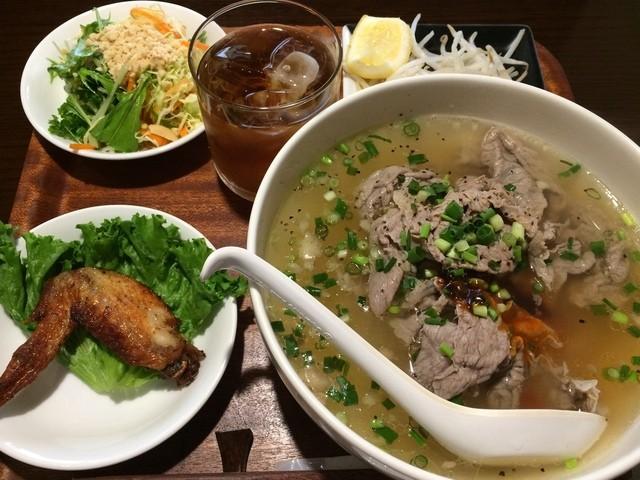 ベトナム家庭料理 QUAN AN TAM 自由が丘店