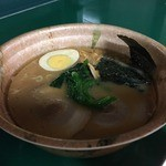 阪神甲子園球場 - メッセの豚骨醤油ラーメン(800円)