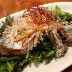 坂の上ホタル - 旬の秋刀魚のオイル漬けサラダ♡