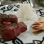 横浜うかい亭 - うかい牛サーロインステーキ。