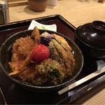 43636687 - 【野菜タレかつ丼】(830円税込)