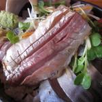 タカマル鮮魚店 - 鯵・・一切れが大きい~