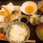 4364359 - 天ぷら・刺身定食
