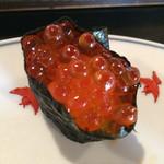 魚恵寿司本店 - いくら