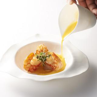 イノベーティブな美食体験は「シェフとの距離0m」で。