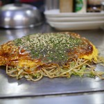 43657468 - 麺入りお好み焼き (そば肉玉)