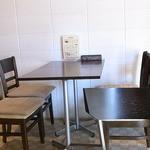 パルテンツァ  - イートイン テーブル12席☆♪