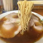 竹の家 - 201508 ゆるやかなウェーブの中太麺