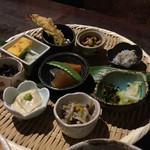 酒蔵 魚の家 - 小鉢9品