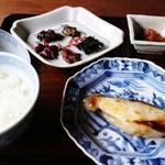 三味洪庵 - 銀ダラ西京焼き おぞよ白味噌椀 白ご飯
