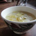 農カフェhakari - ランチプレートのスープ