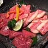Wagyuuyakinikuisshin - 料理写真:盛り合わせ