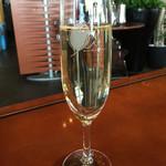 OLI - スパークリングワイン