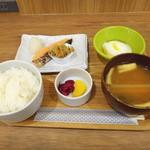 ダイニング 24 羽田食堂 - 鮭定食