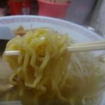 バスラーメン - 麺リフト
