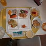 レストラン白根 - 朝食(こんな感じで)
