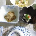山崎旅館 - 小鉢もいけてます。