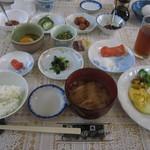 山崎旅館 - 朝食も圧巻。