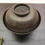 麻布十番 ふくだ - 和紙を張った上から漆を塗ったお椀。