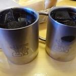コメダ珈琲店 - ◆ドリンクは二人とも「アイスコーヒー」をお願いしました。 コクには欠けますが、朝はこの程度の方がかえって飲みやすいかも。