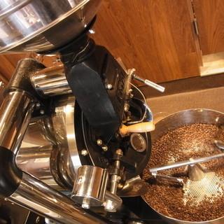 お店でローストした自家焙煎コーヒー