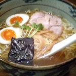 437256 - 煮玉子ラーメン(800円)