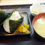 やまと屋米食堂 - おむすびセット(500円) チーズと明太子とツナマヨ